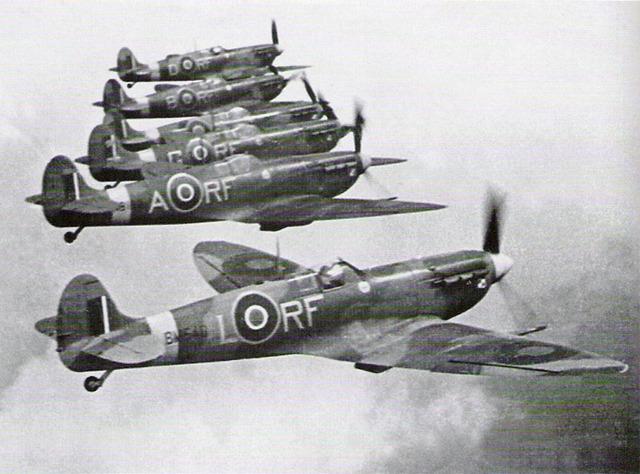 303-squadron-spitfires-vb-